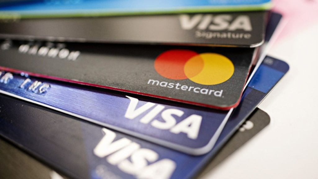 Kako kreditne kartice utiču na potrošnju