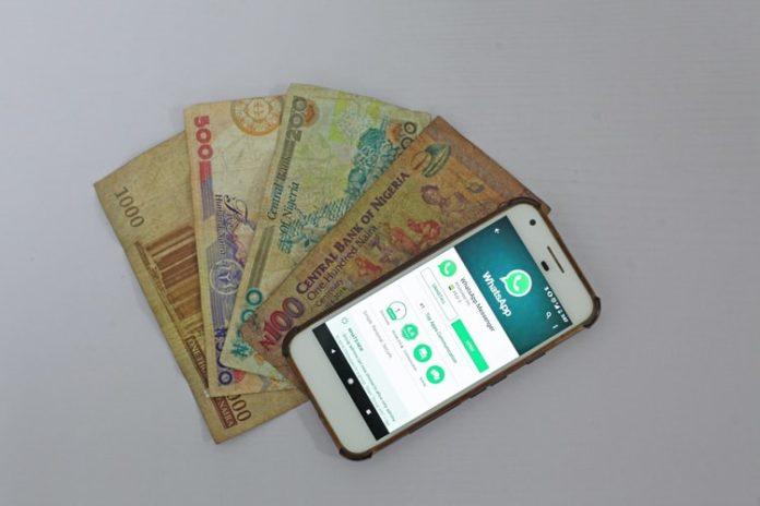 Kako Poslati Novac Preko Mobilnog Telefona